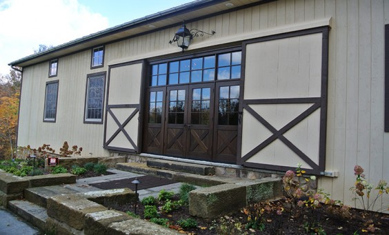 historic-barn-renovation-wood-windows8